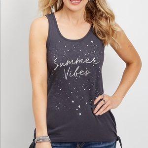 Tops - 🌷very Chic sleeveless Graphic T shirt